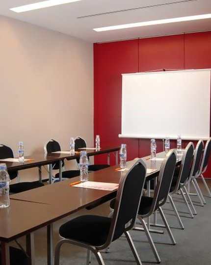 The As Hotels Porta de Barcelona has 3 meeting panels ...